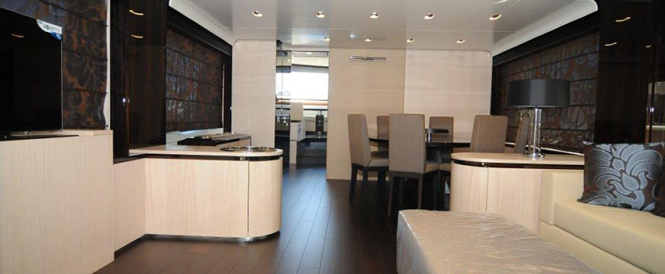 Azimut 84 Yacht for Sale - Living Room