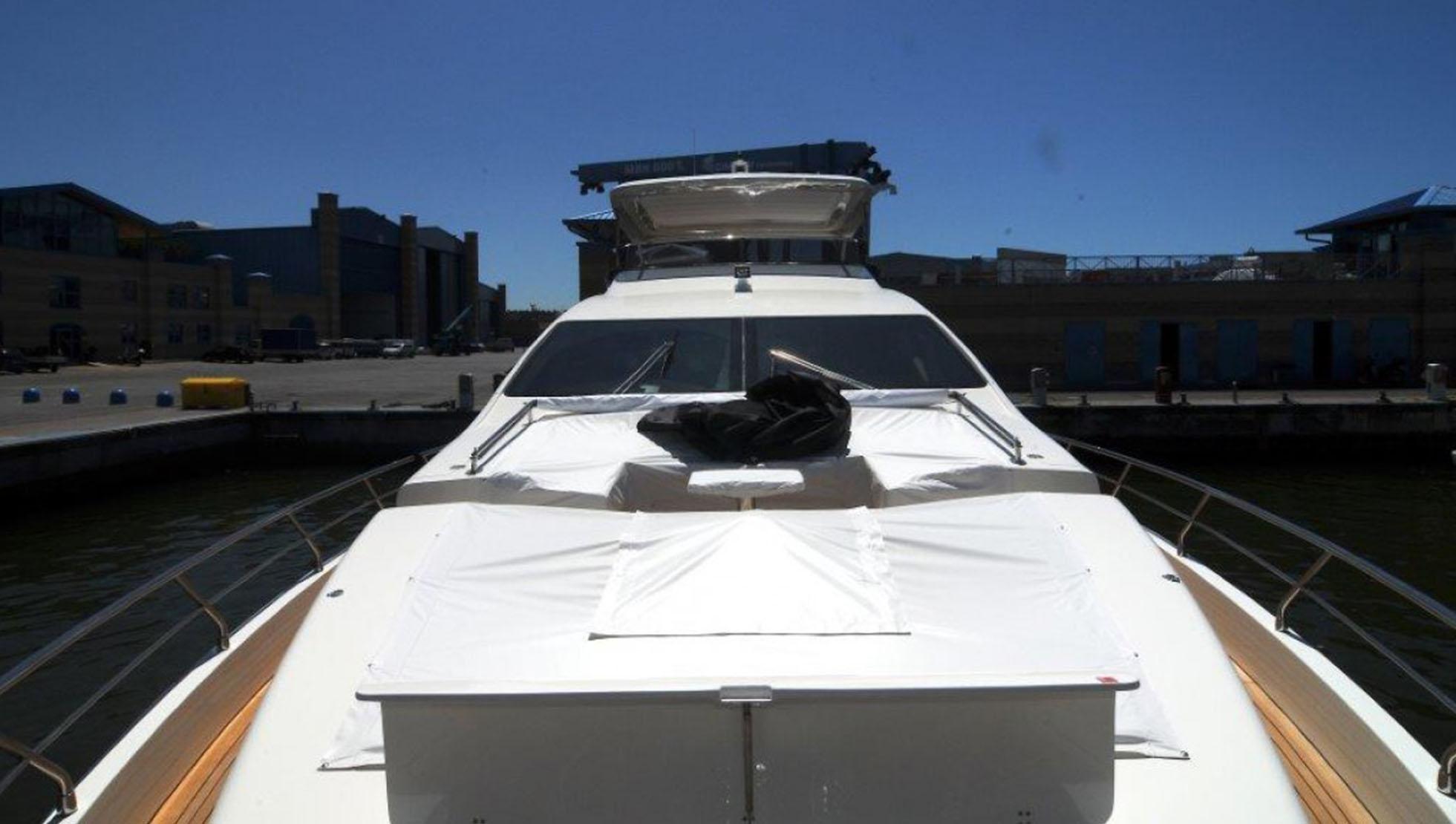 Azimut 84 Yacht for Sale 2