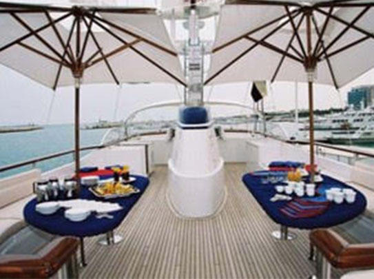 Evnike Yacht for sale - Amenities - Cozy Upper Deck Area