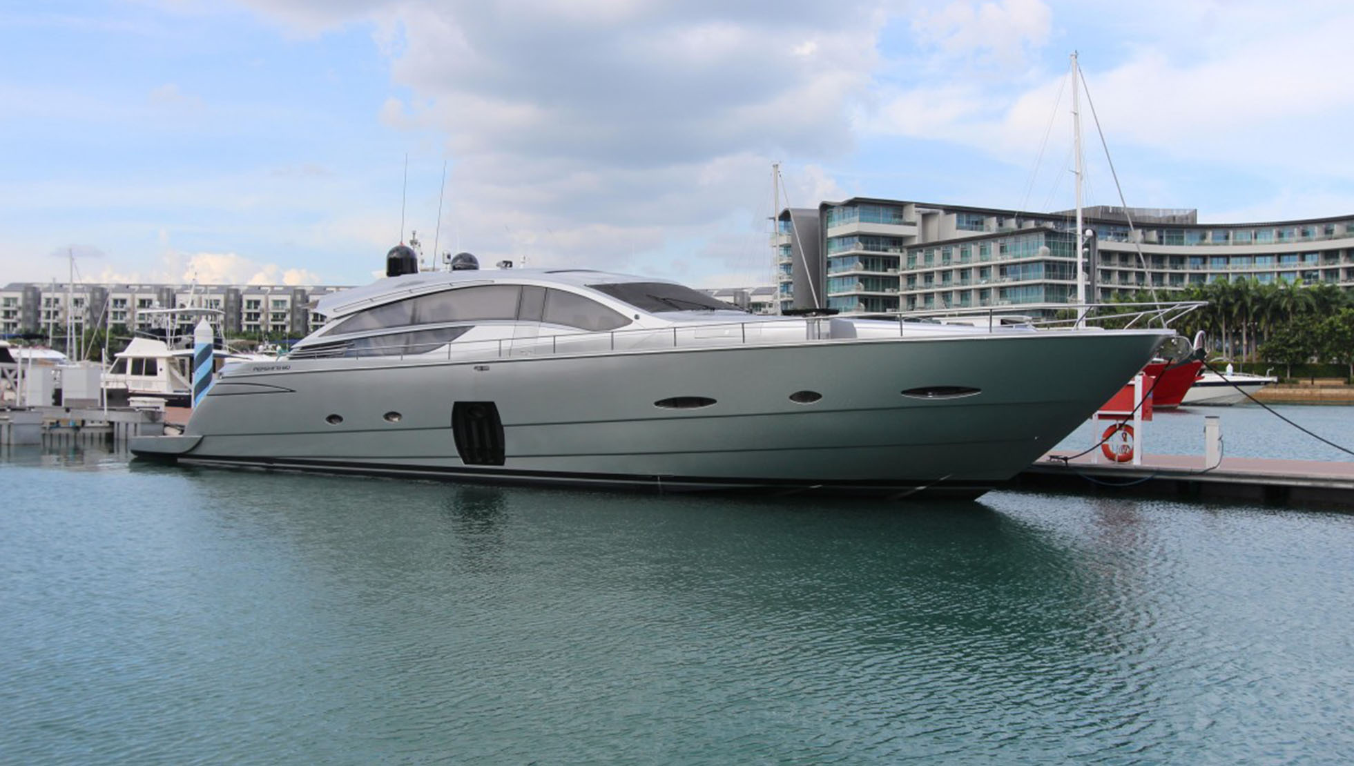 Pershing 80 Yacht for Sale 2