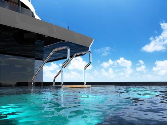 Aft deck infinity pool
