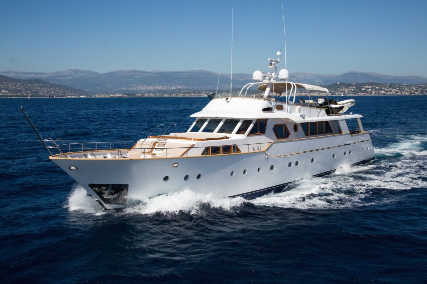 Libertus CA for sales by Neo Yachting.