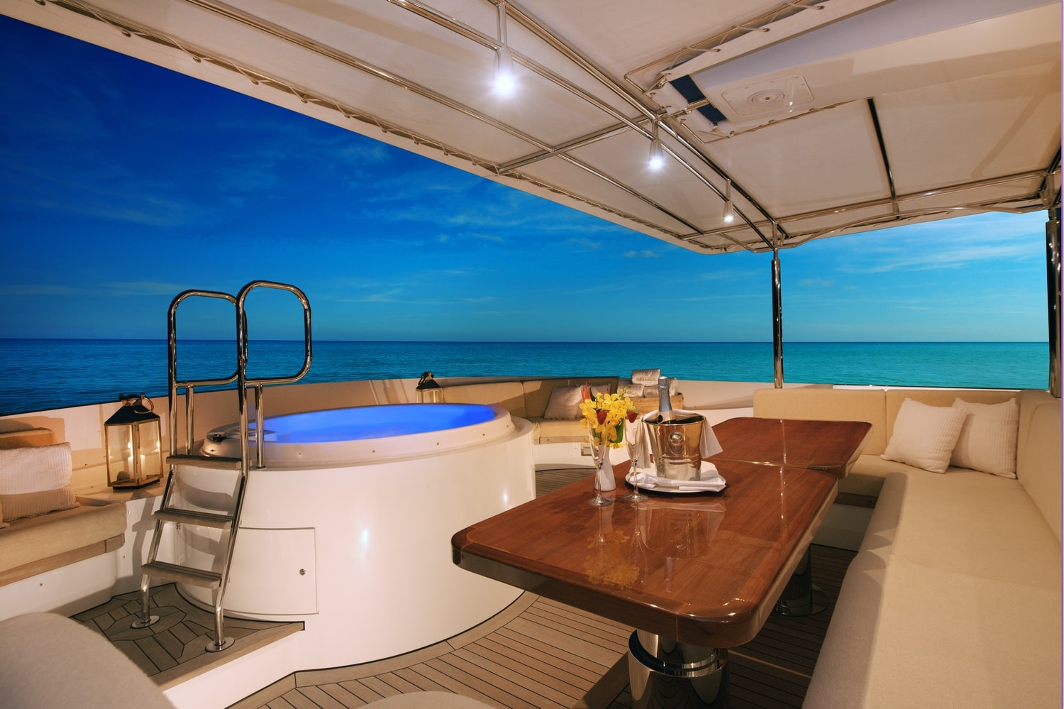 Expansive sundeck with 4-person jacuzzi