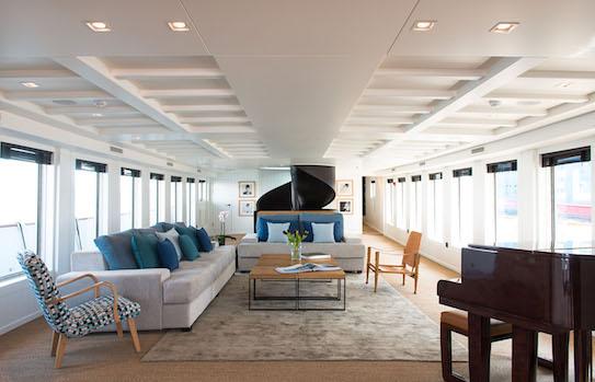 Hamptons-style interior