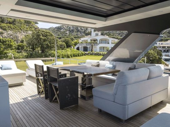 Spacious exterior with a lot of sitting areas